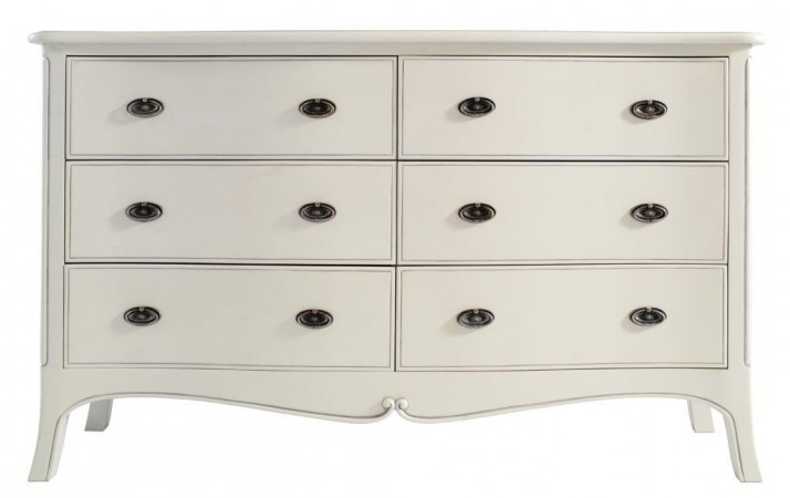 Classic Dressing Chest