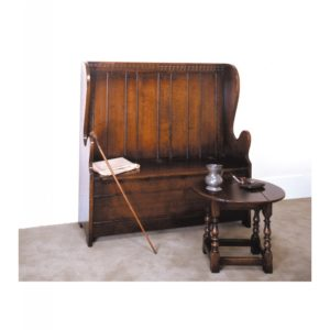 Titchmarsh & Goodwin Box Settle