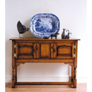 Titchmarsh & Goodwin Credence Cupboard