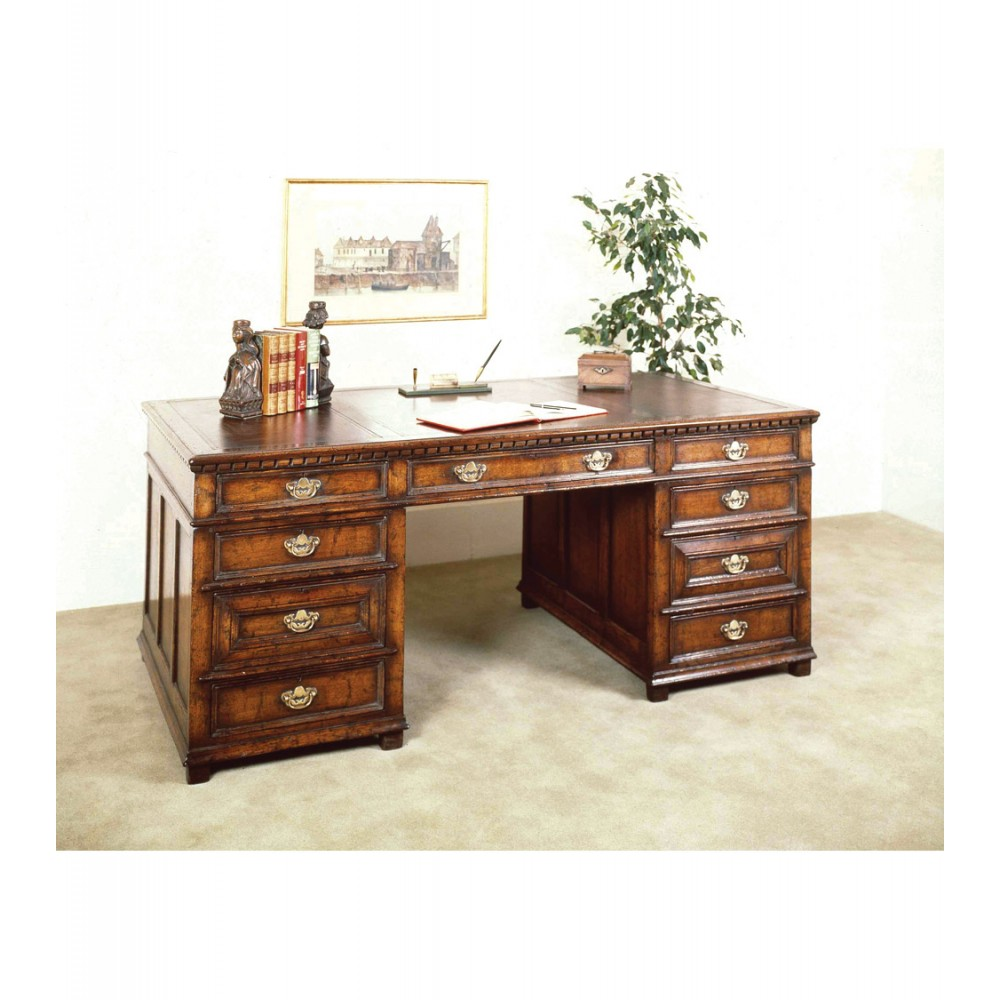 Titchmarsh & Goodwin Desk