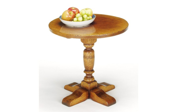 Titchmarsh & Goodwin Pillar Table