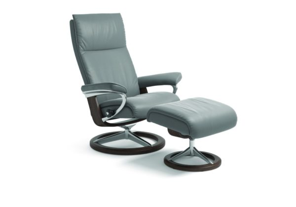 Aura Signature chair in Dove grey