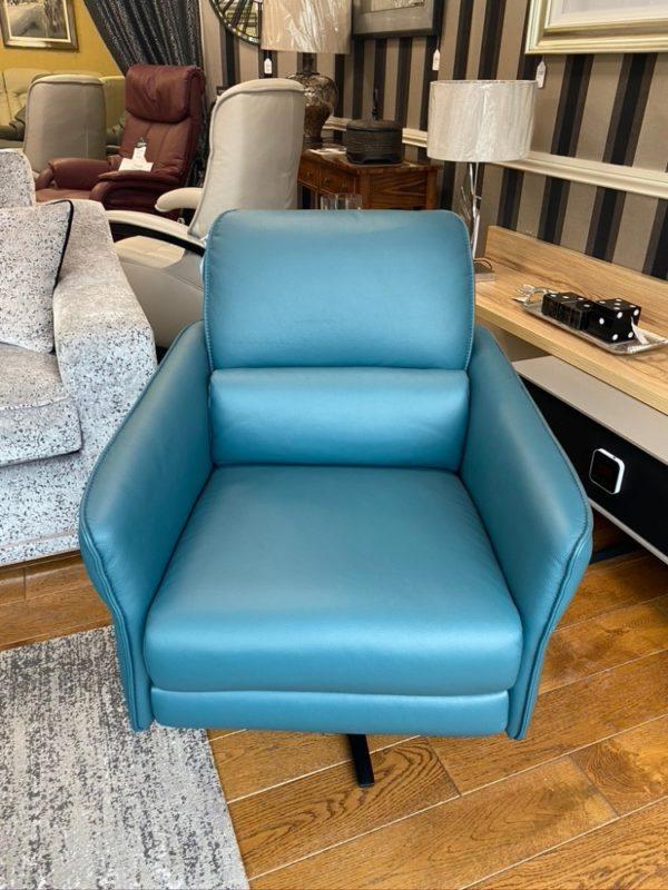 Himolla Aura chair headrest away