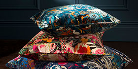 cushions, accessories