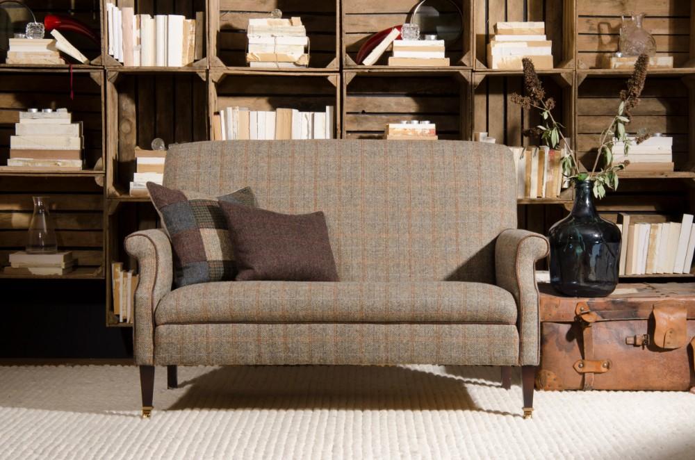 Bowmore compact sofa