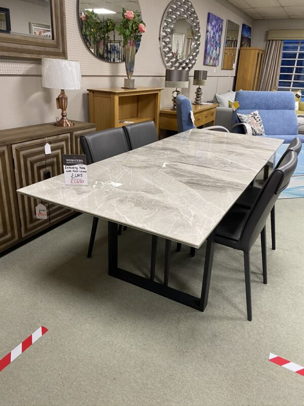Extended Ceramic Table